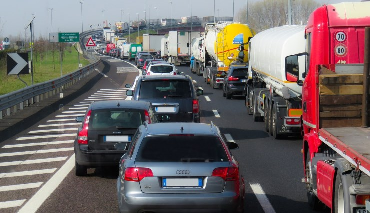 congestionamento de caminhões